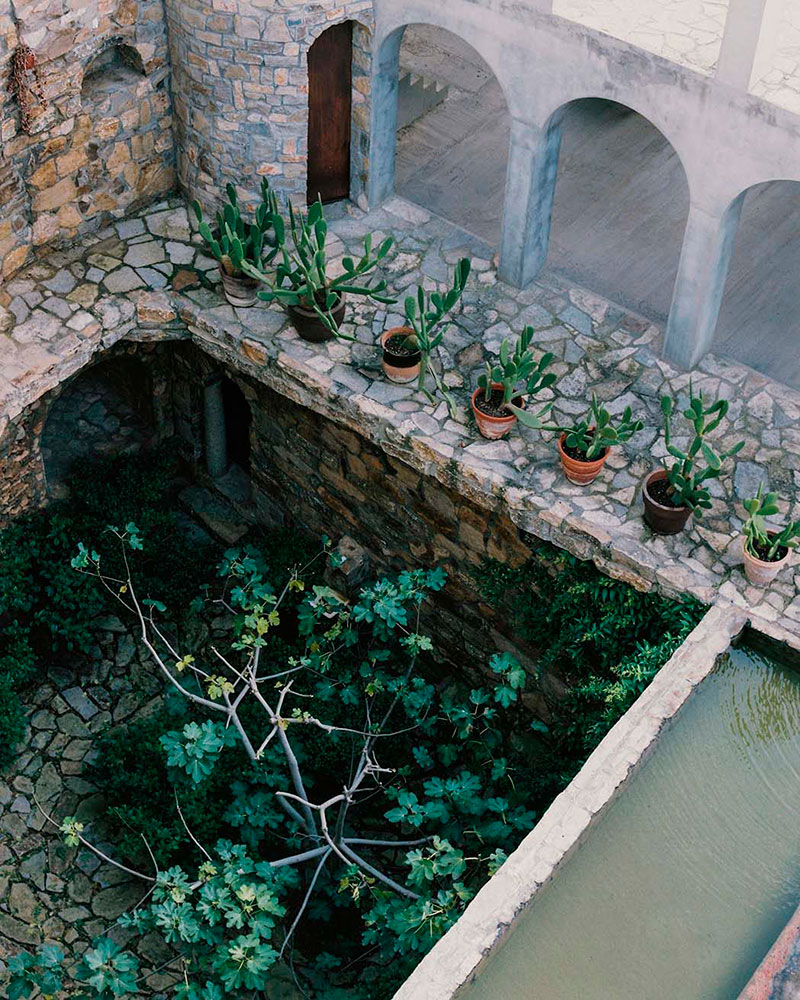 casa-de-Xavier-Corberó-garden-homelifestyle-mag