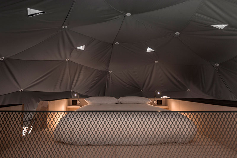 domes-charlevoi-lechasseur-petite-bed-homelifestyle-magazine