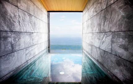 Hotel-Akelarre-pool-homelifestyle