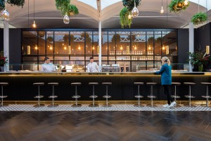 restaurante-caixaForum_turull-sorensen-barra