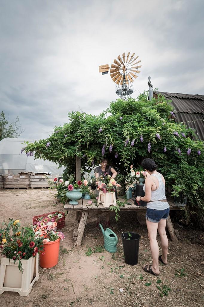 arte-floral-mesa-escena-@mariaalgaraphotography