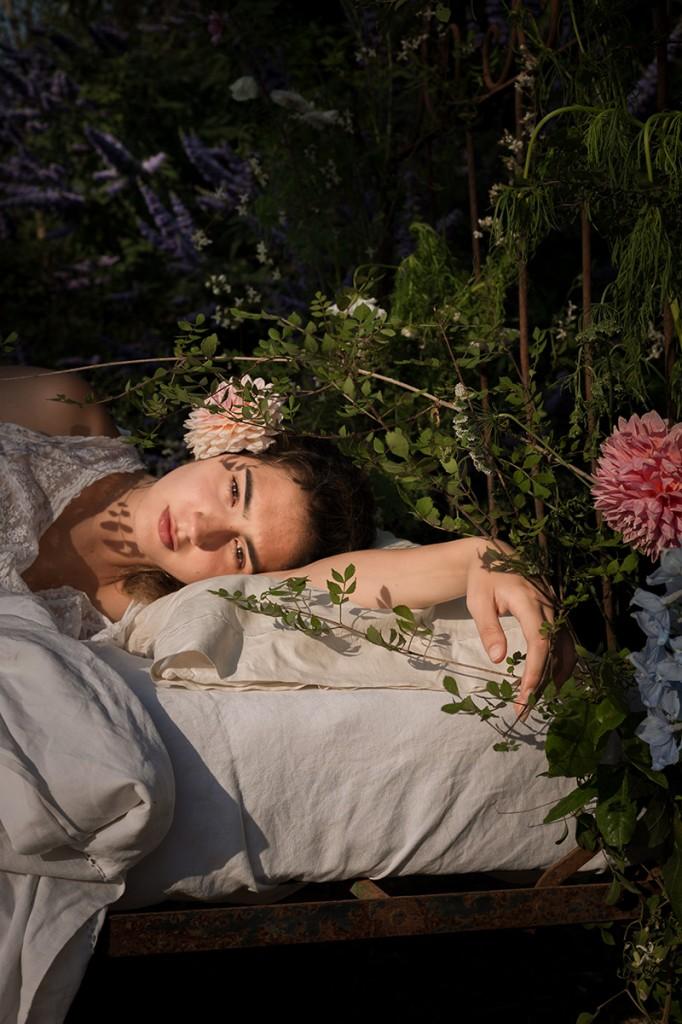 arte-floral-portrait-@mariaalgaraphotography