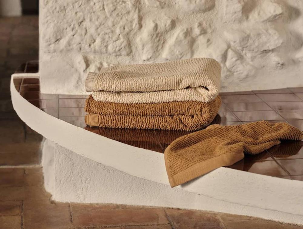 Mango-Casa-toallas